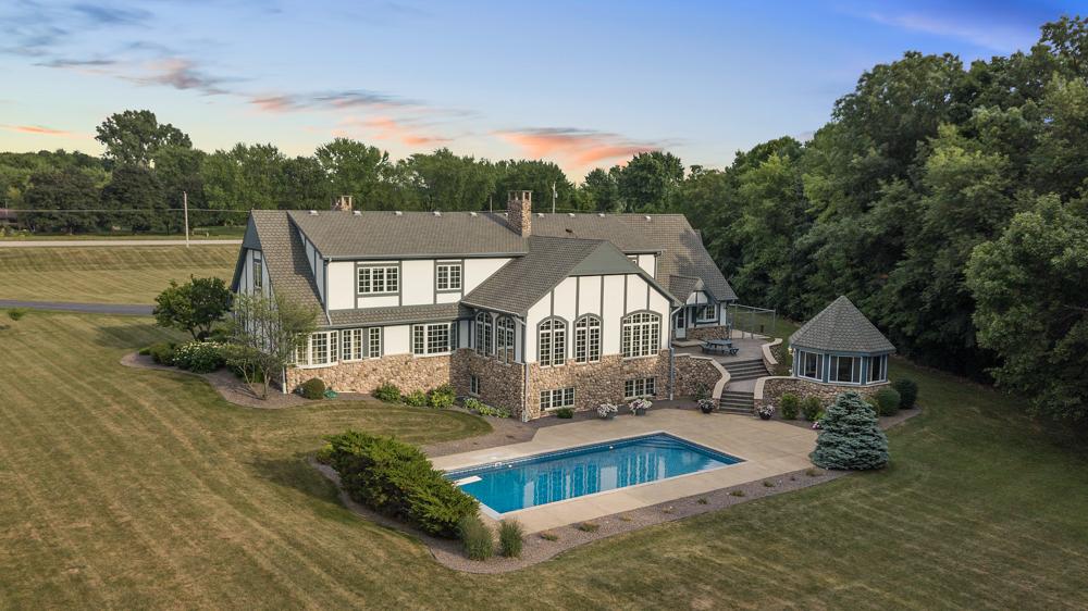 1.5 Million Dollar House De Pere, Wisconsin